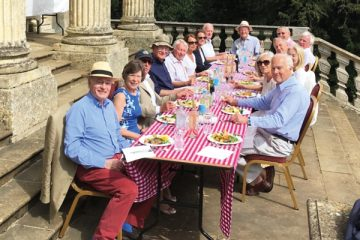Old Chandosians Picnic at Queen's Temple